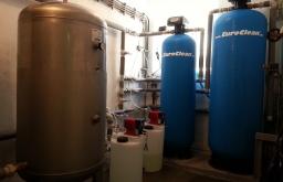 Změkčení vody AquaSoftener a dávkování chemii