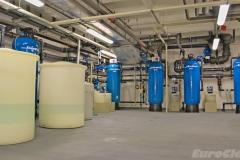 Pískové filtry a zásobníky chemií v objektu banky