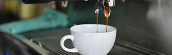 Změkčená vody káva